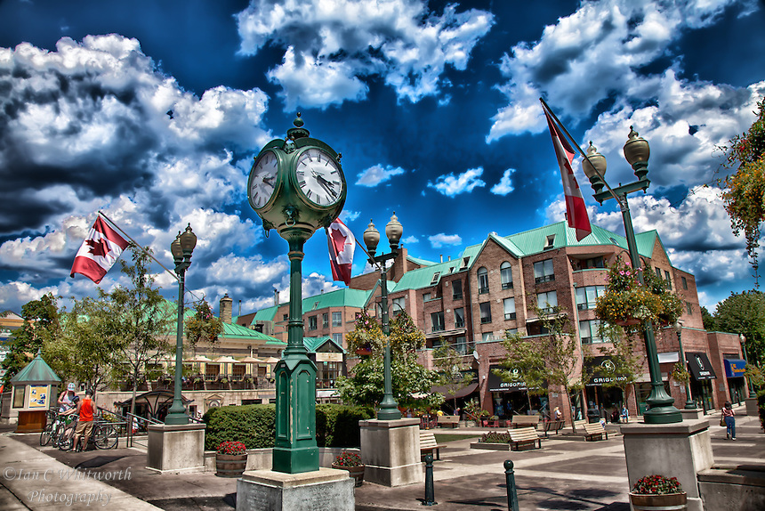 Oakville-Town-Square-Photo-Art