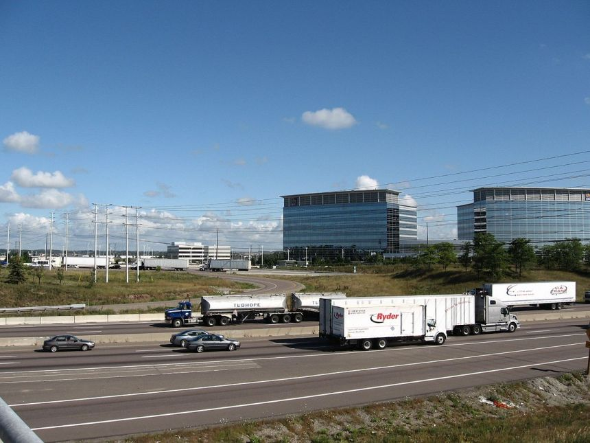 Mississauga_Road_and_Highway_401